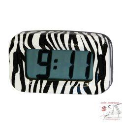Zebra mintás óra autóba